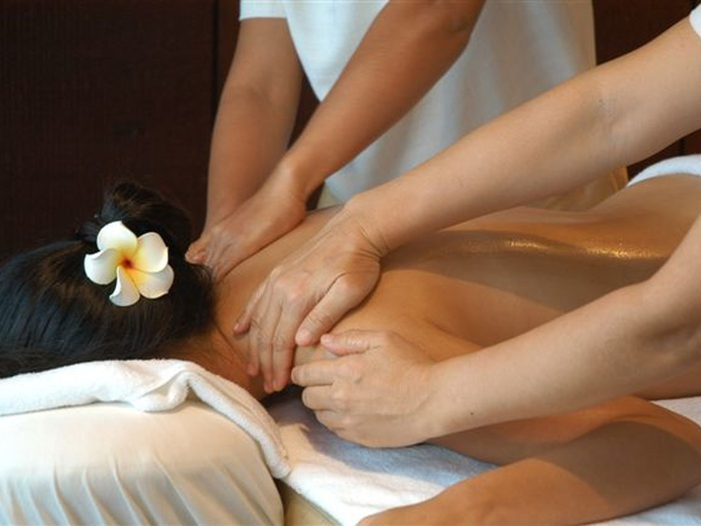four_hands_massage
